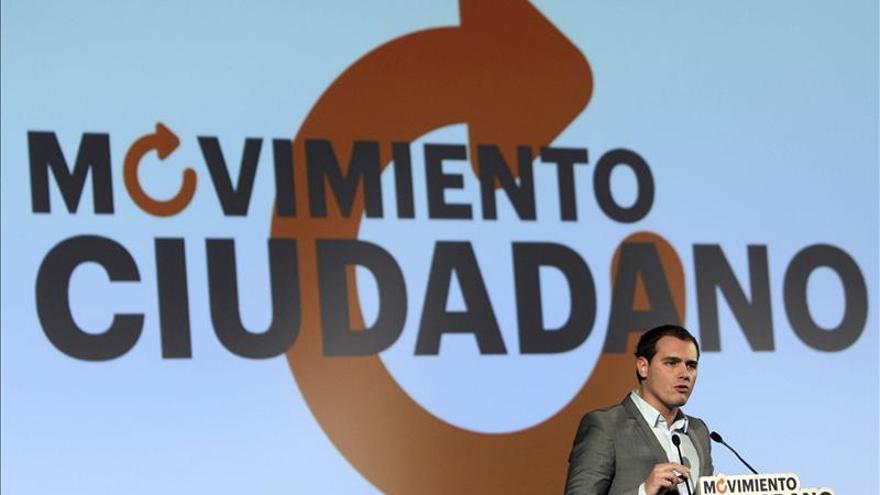 """Rivera asegura que Movimiento Ciudadano tiene el equipo para """"curar"""" a España"""