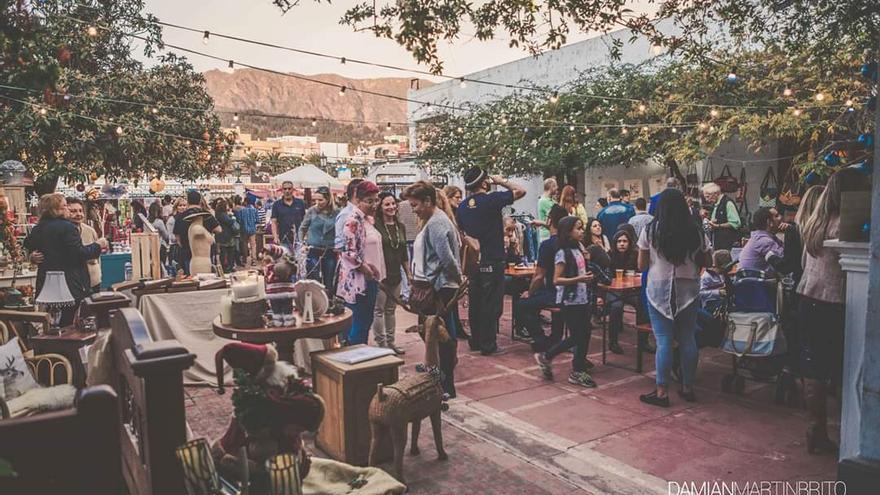 Imagen de archivo del Mercado de Navidad en el Teatro Monterrey.