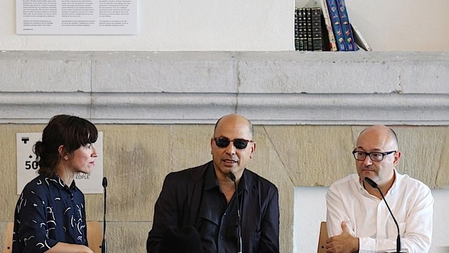 Tabakalera y el Festival de San Sebastián inauguran la instalación '327 cuadernos' de Andrés di Tella