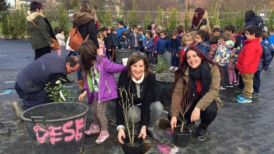 El Ayuntamiento de Pamplona invita a los barrios a estar presentes en el Jardín de la Galaxia el próximo 1 de abril