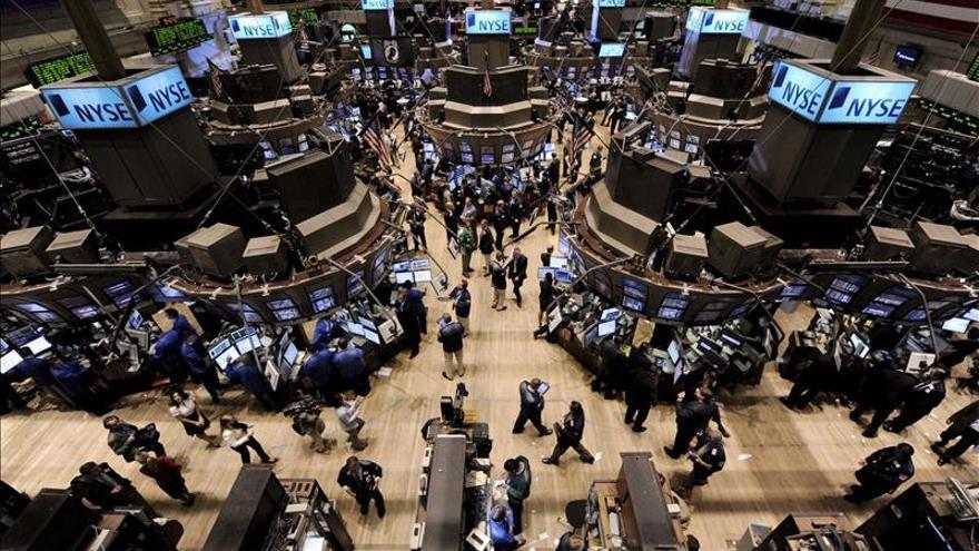 Wall Street abre con ganancias y el Dow Jones sube un 0,56 por ciento