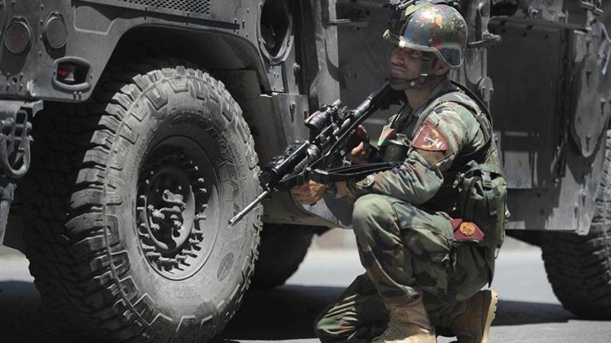 EEUU bombardea por error a las tropas afganas y causa varios muertos