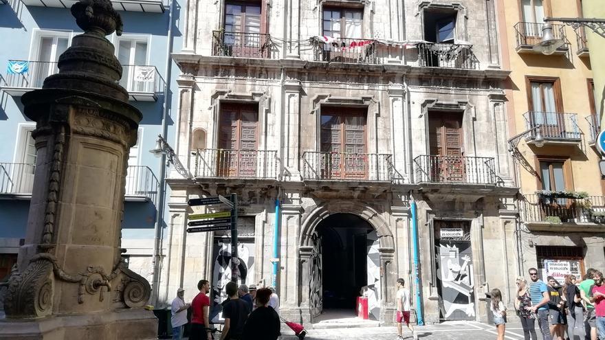 """Técnicos de Patrimonio constatan """"riesgos"""" en el Palacio Marqués de Rozalejo y su """"agravamiento"""" desde agosto"""