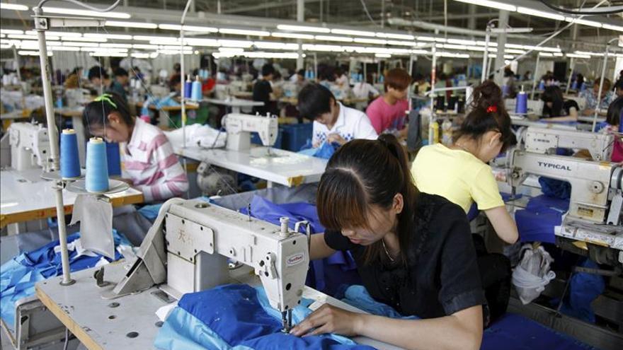 La actividad manufacturera de China se contrae por primera vez desde 2012