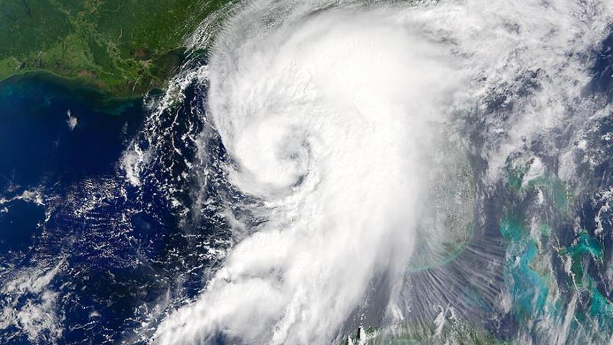Hermine se debilita en el sureste de EE.UU., pero preocupan las inundaciones