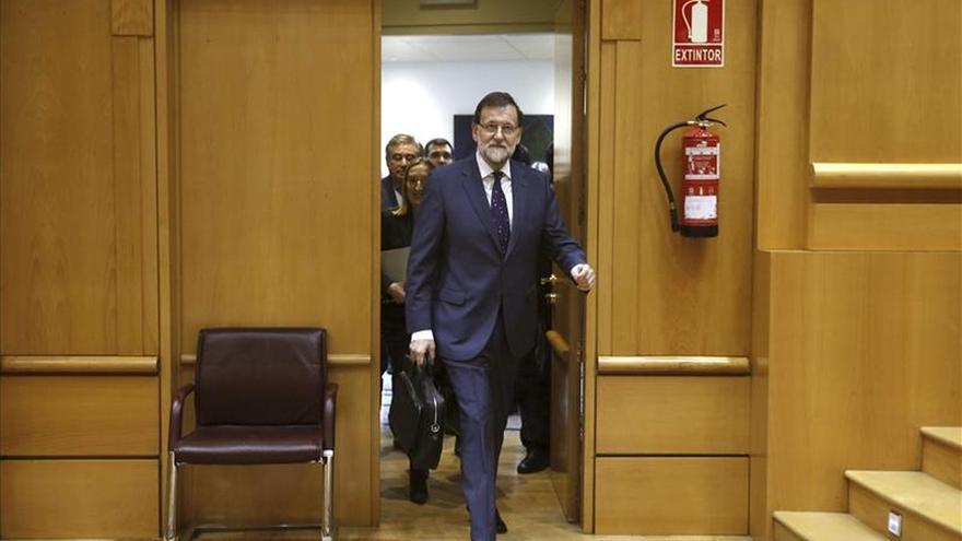 """Rajoy dice que espera """"cerrar lo importante de las candidaturas tranquilamente"""""""