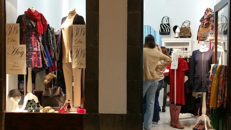 Los comercios de la capital ofrecieron descuentos. Foto: LUZ RODRÍGUEZ.