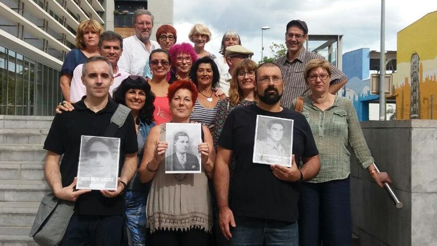 Xavier Pérez, y otros compañeros, ante los juzgados de Cornellà