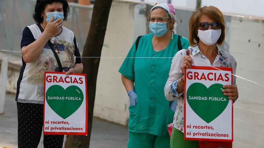Una marcha entre los centros de salud del distrito Sur aplaude y reivindica la sanidad pública | MADERO CUBERO