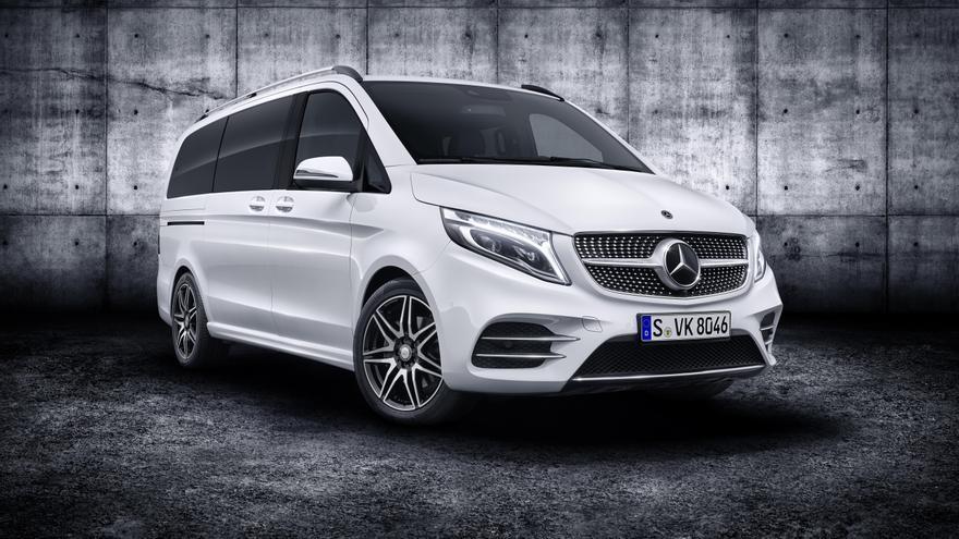 Mercedes renueva y electrifica su Clase V.