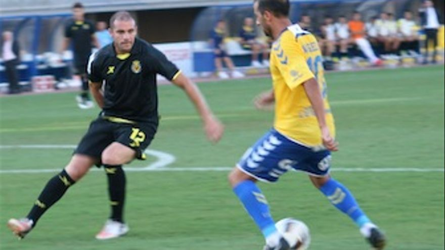 El director de juego amarillo llevó la batuta del equipo ante el Villarreal. (Carlos Del Pino)