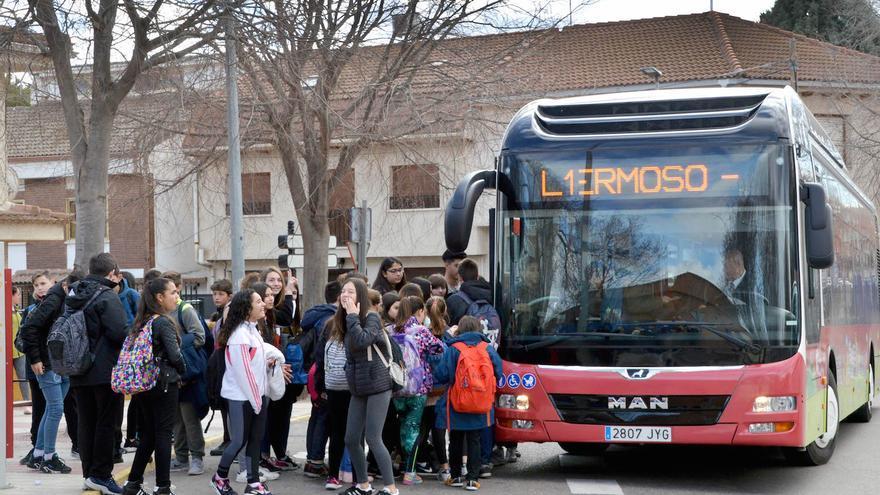 Autobús urbano de Azuqueca FOTO: Ayuntamiento de Azuqueca