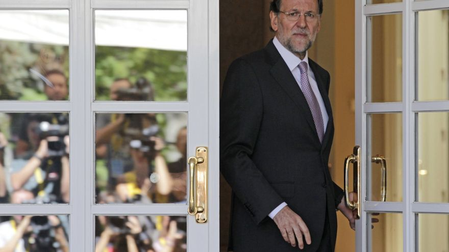 Rajoy, en el palacio de La Moncloa. / Efe