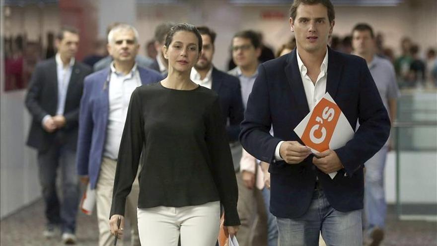 Rivera: C's tiene capacidad para liderar España ante bipartidismo decadente