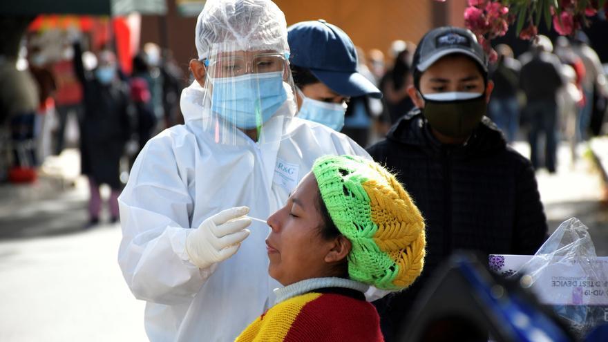 Bolivia reporta 1.397 nuevos contagios de covid-19 y 58 decesos