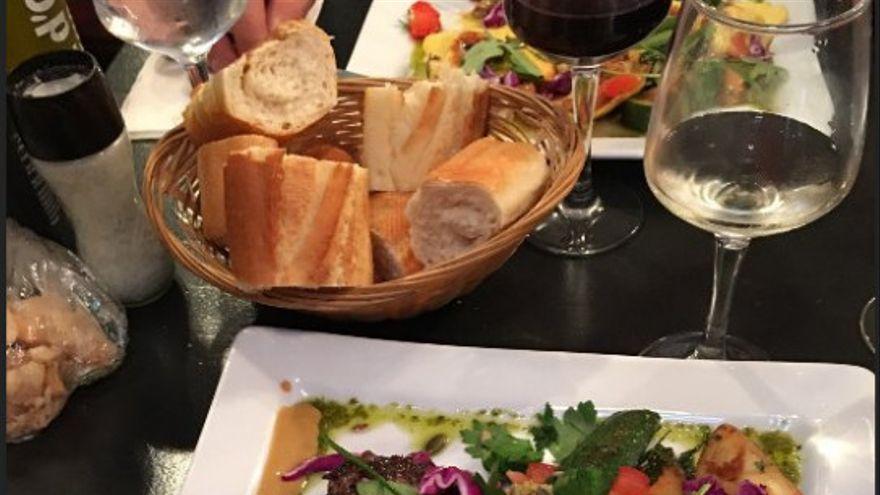 """Los hosteleros responden al vicepresidente de Castilla-La Mancha sobre las restricciones COVID: """"Es fácil pedir empatía cuando se tiene asegurado un salario a fin de mes"""""""