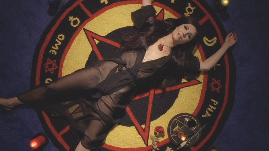 The love witch 3