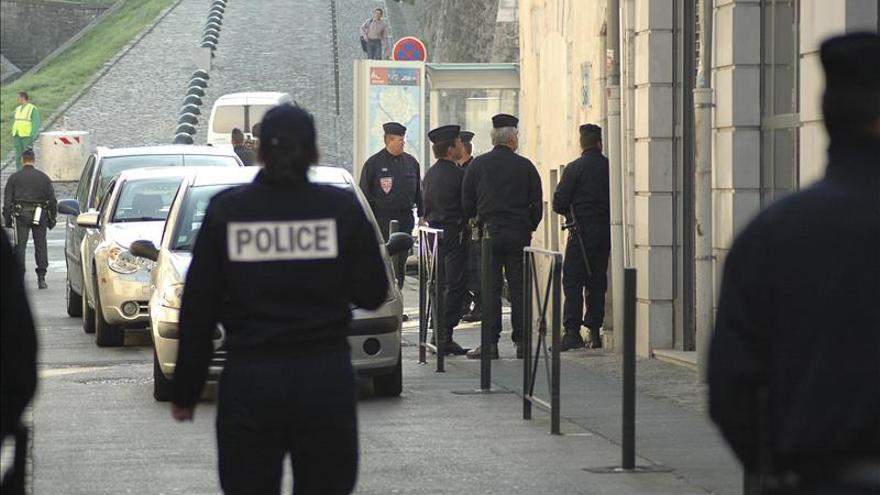 Un preso toma como rehén a un mando de una cárcel en el norte de Francia