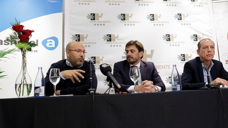 Carlos Quintero, Jorge Marichal y Manuel Fitas, en la rueda de prensa de este jueves en Santa Cruz de Tenerife