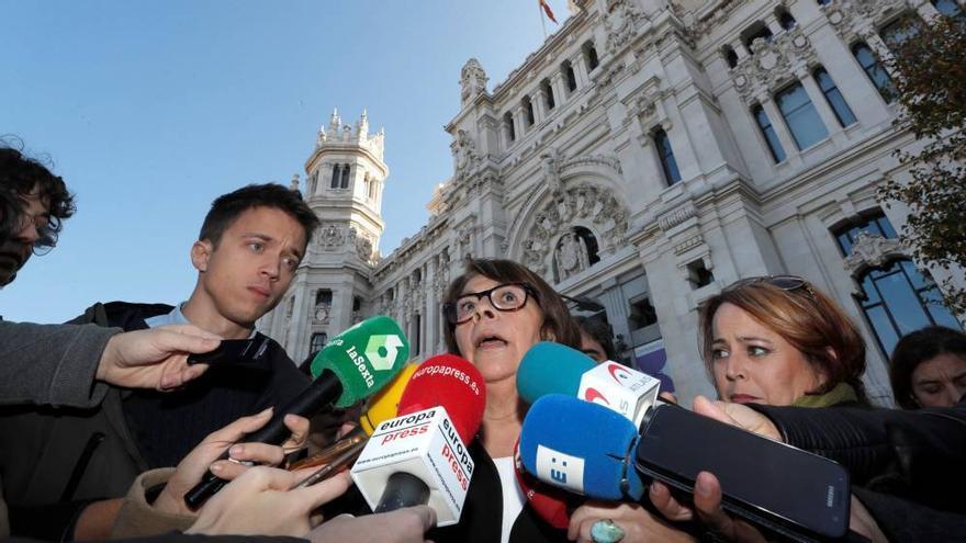 El candidato de Más País, Iñigo Errejón, y la concejala de Más Madrid y miembro de Equo, Inés Sabanés.