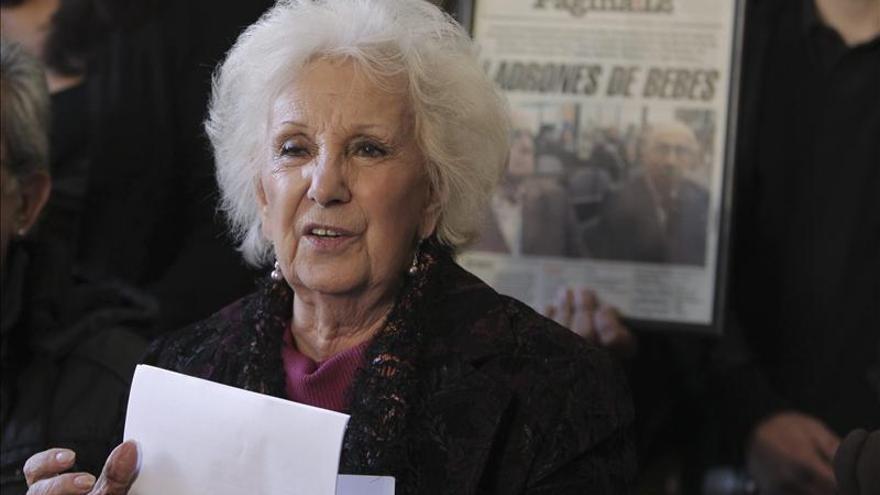 Las Abuelas de la Plaza de Mayo apoyan la búsqueda de niños robados en España. \ EFE