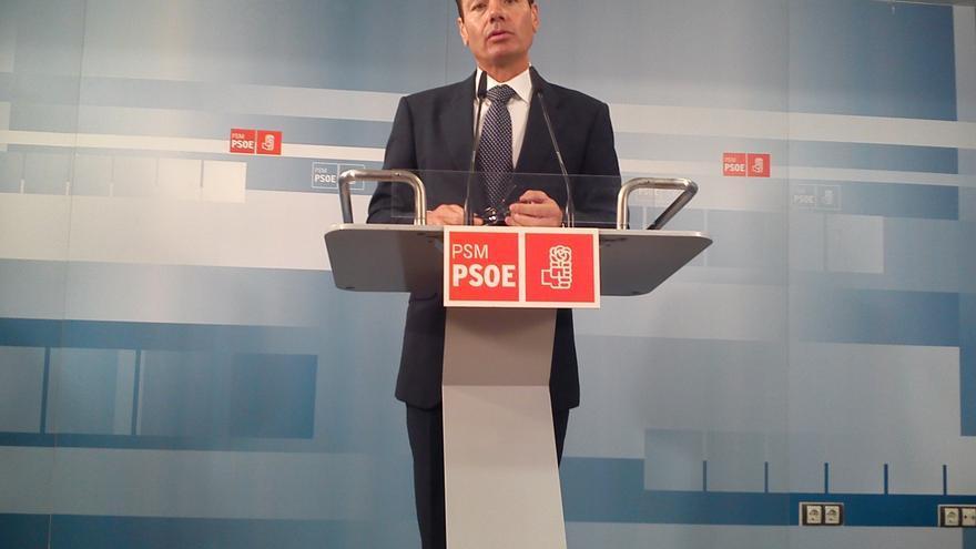 """Gómez dice que si fuera secretario general del PSOE diría si va a ser candidato pero respeta """"el silencio"""" de Rubalcaba"""
