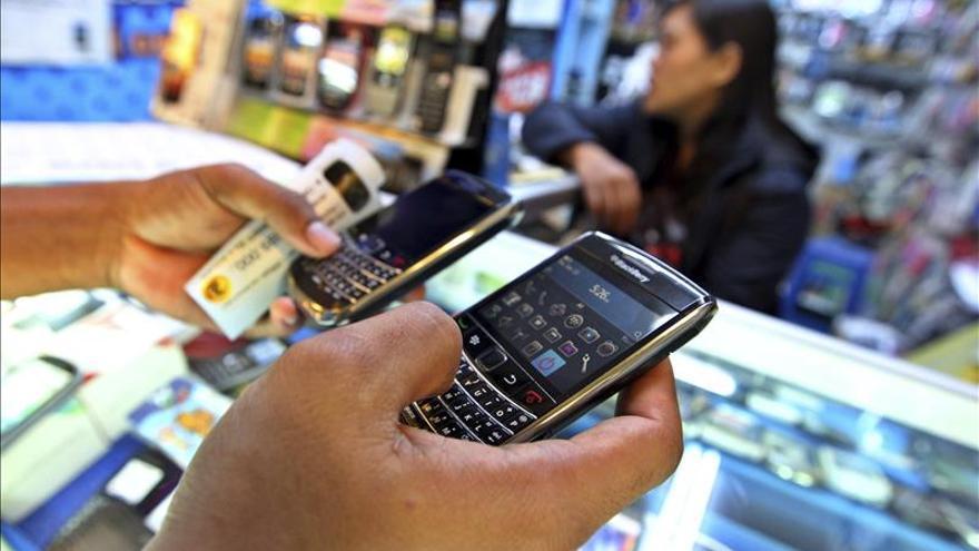 Los ingresos de la banda ancha móvil superan a los de la fija por primera vez