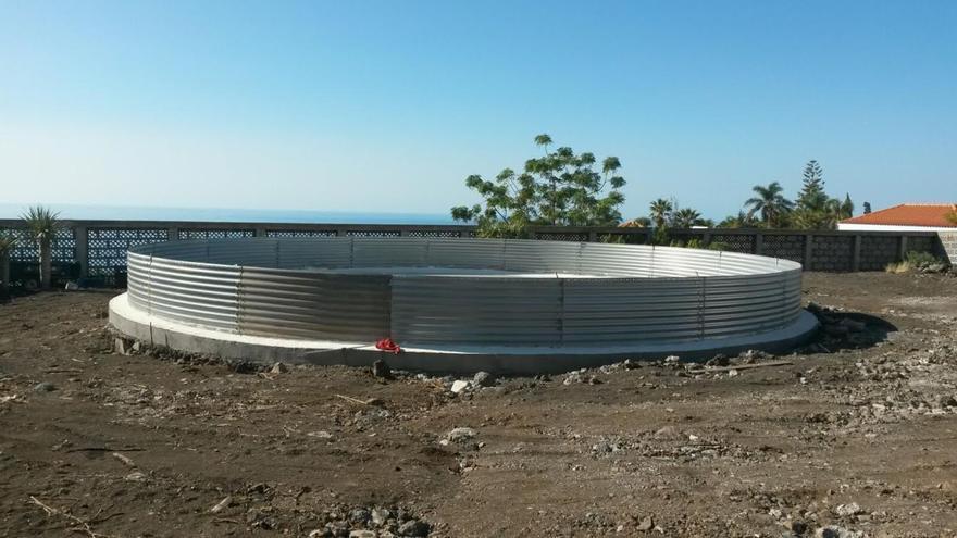 En la imagen, el nuevo depósito de agua en Todoque.
