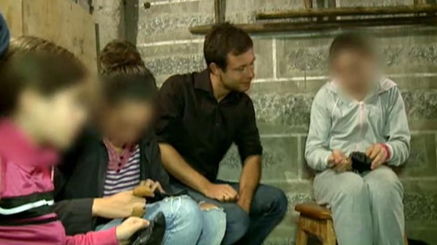 Plano del reportaje de la RTL sobre trabajo infantil en Portugal