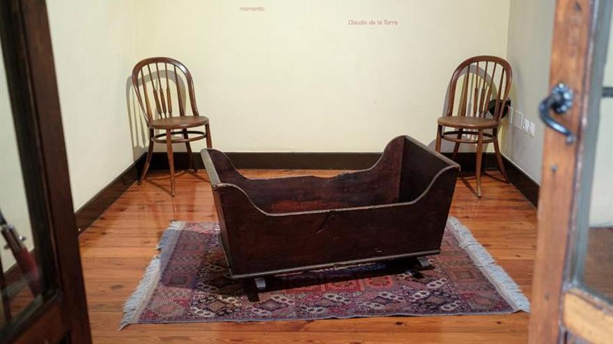 En esta sala de la Casa Museo de Benito Pérez Galdós nació el escritor en 1843. Ahí se encuentra la cuna donde este dormía