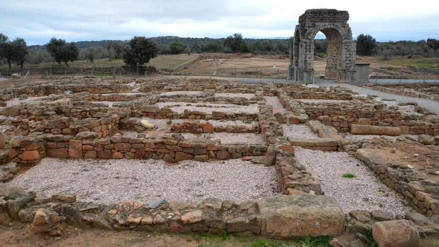 Restos de Càparra, la ciudad romana que cayó en el olvido en el norte de Cáceres. Carole Raddato