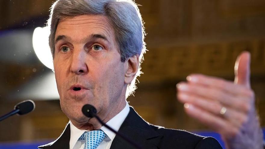 """Kerry exige un cese al fuego """"inmediato y duradero"""" en Alepo"""