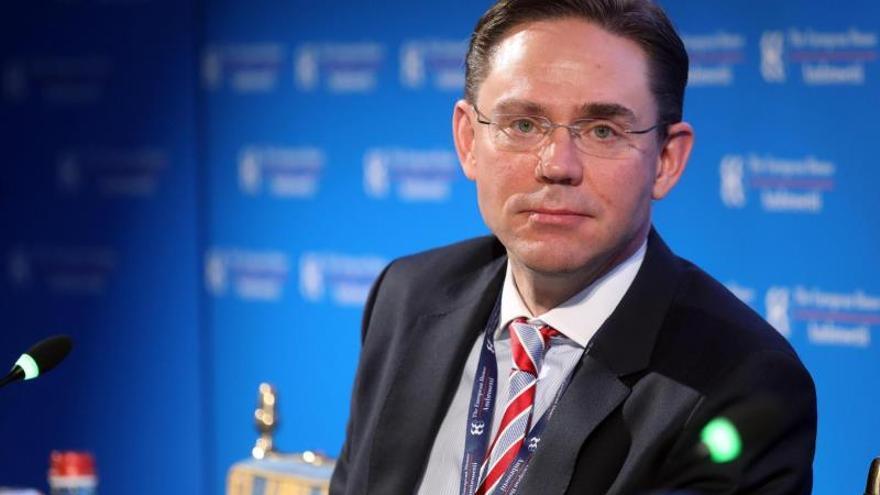 La UE insiste en que los aranceles de EEUU son injustificados y rechaza hacer concesiones
