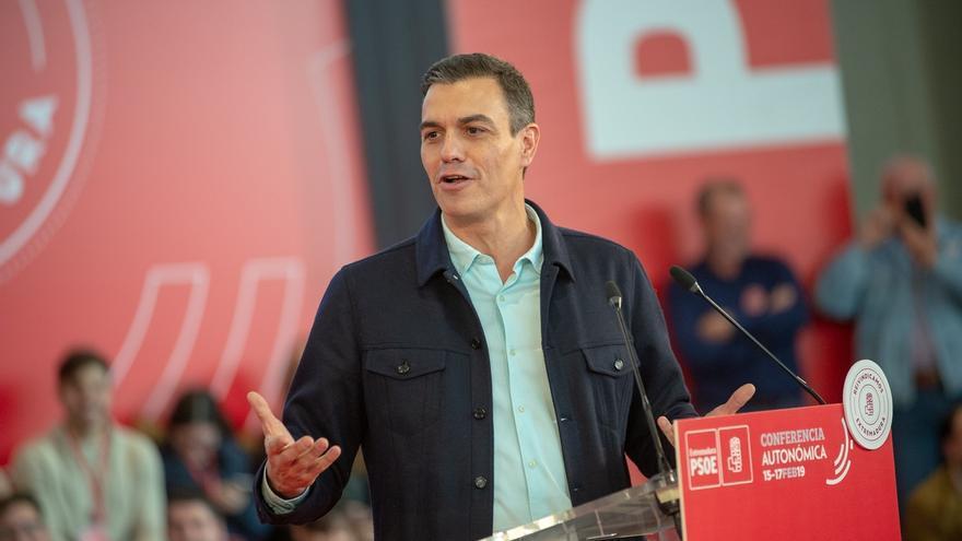 """Sánchez dice que la derecha """"se ata a la ultraderecha"""" con la """"misma cuerda del cordón sanitario"""" que ponen al PSOE"""