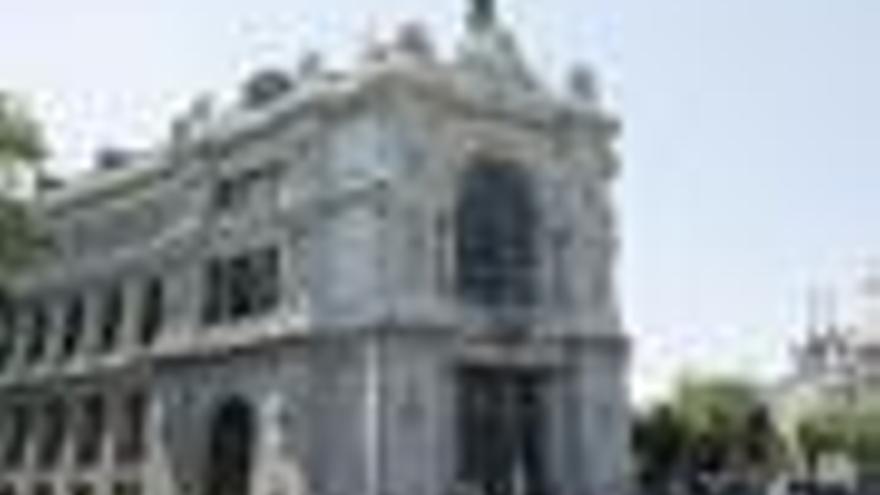 """Banco de España dice que las exigencias de capital a la banca buscan superar """"el peor de los escenarios"""""""