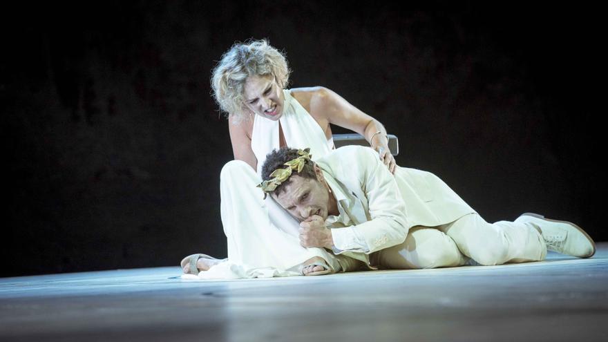 Calígula, que se representa ahora en el Teatro María Guerrero