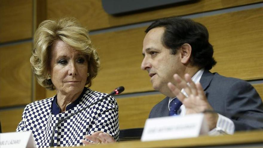"""Aguirre promete a la patronal eliminar """"engorros"""" a los generadores de empleo"""