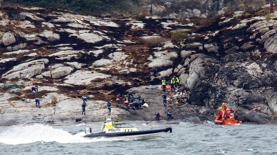 Noruega confirma la muerte de los trece ocupantes del helicóptero siniestrado