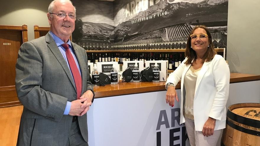 SEA y la DOCa Rioja reparten en Álava kits solidarios para una hostelería segura
