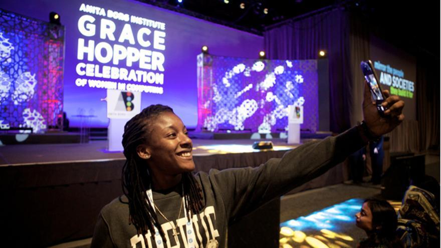 Las mujeres de raza negra son las más discriminadas dentro del sistema tecnológico. Foto: Grace Hopper Celebration of Women in Computing.