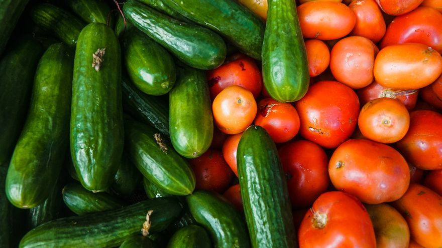 Pepinos y tomates