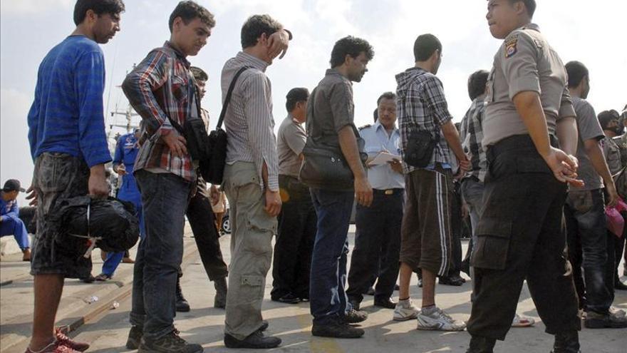 Australia no dejará entrar a los buscadores de asilo reconocidos en Indonesia