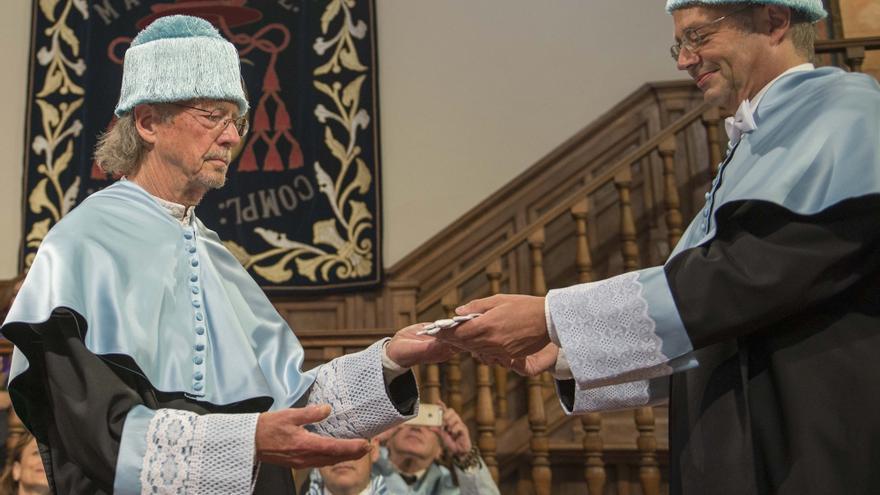 Peter Handke recibe el título de Doctor Honoris Causa de la Universidad de Alcalá