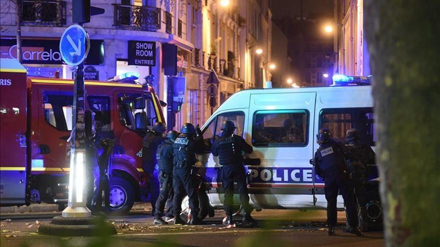 China condena los atentados y apoya a Francia en la lucha antiterrorista