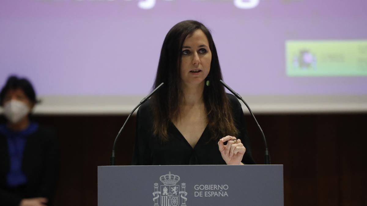 La ministra de Derechos Sociales y Agenda 2030, Ione Belarra, en su toma de posesión.