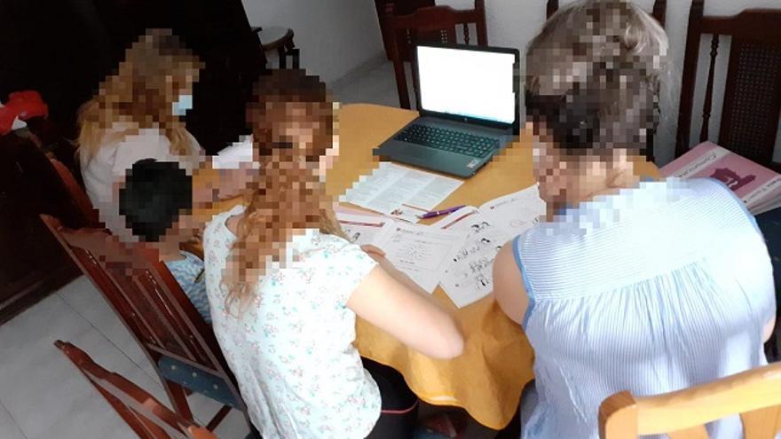 Una usuaria de los cursos de formación Ilusióna-T