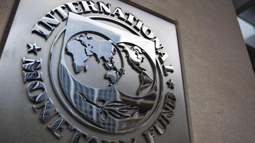 El FMI eleva sus previsiones para España al 0,6 por ciento en 2014 y al 0,8 por ciento en 2015