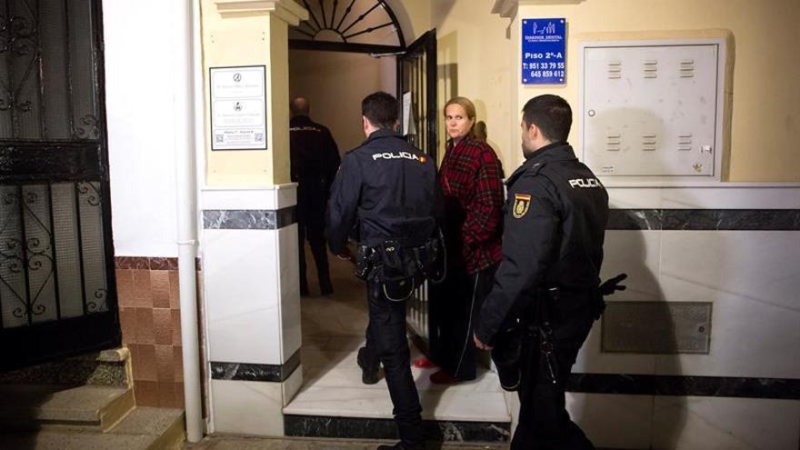 Muere una mujer apuñalada en Fuengirola (Málaga) y detienen a su expareja