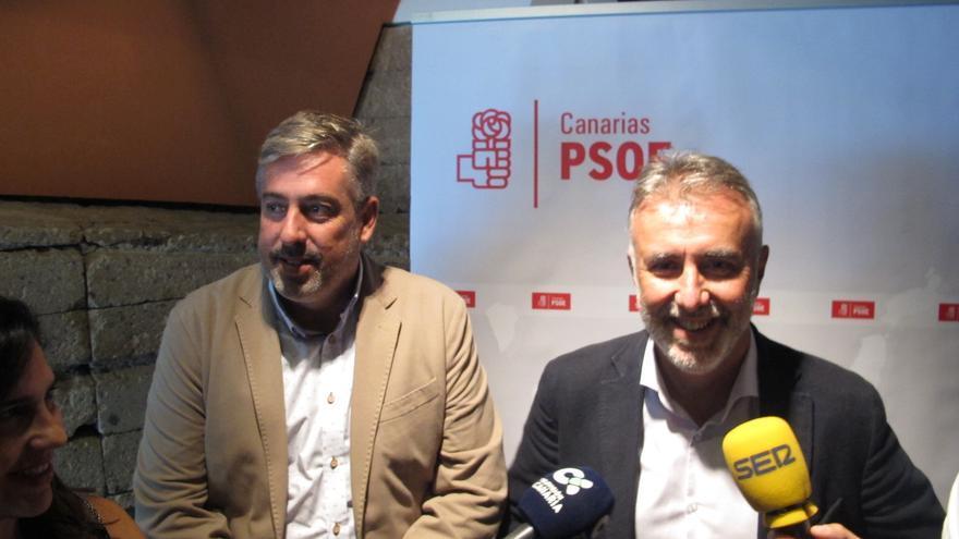 Jorge González, secretario de Organización del PSOE de Canarias, y Ángel Víctor Torres, liíder del partido en Canarias.
