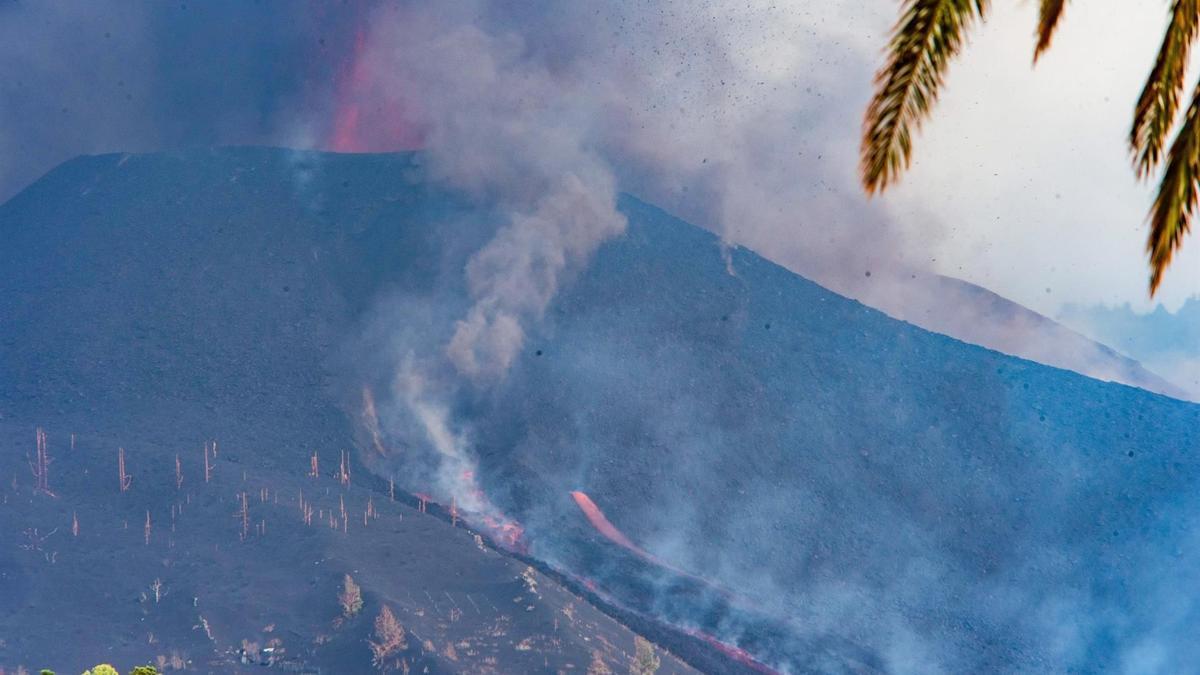 La dos nuevas coladas de lava del volcán de La Palma